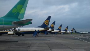 E4411-Ryanair-planes-in-Dublin