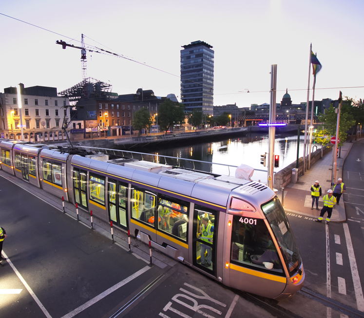 New trams, rail cars and buses planned in €2.7bn transport budget
